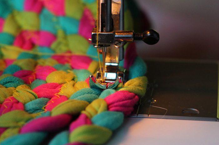 Gode symaskiner gør det nemt at reparere dit tøj
